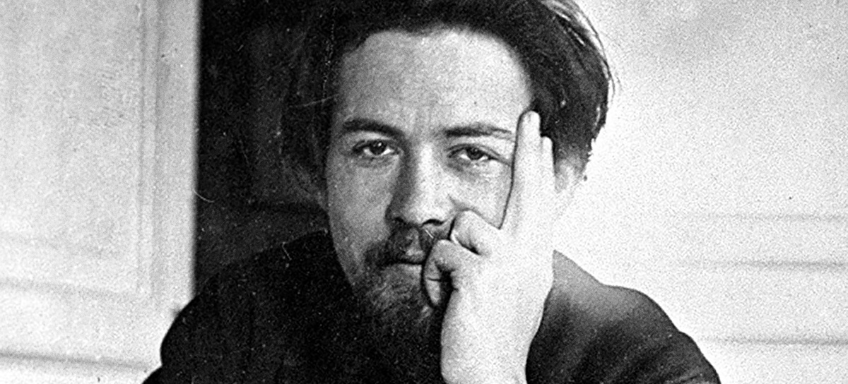chekhov and carver struggles of Raymond carver: king of the dirty his status as the american chekhov was i seeing a different story because i knew about his struggles with alcohol.