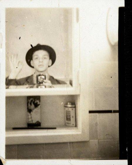 Selfie de Sinatra en 1938.