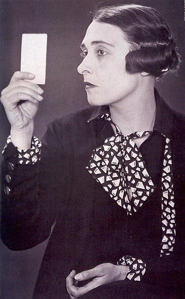 Victoria Ocampo. Fotografía por Man Ray.